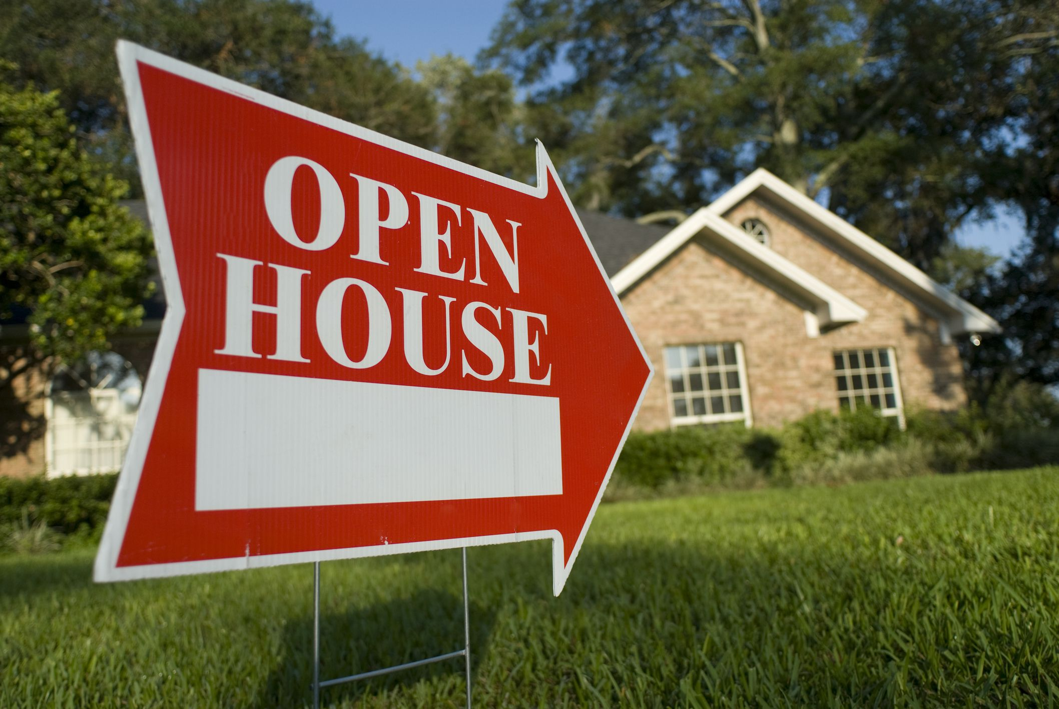 3 Helpful Tips for Preparing Your Home for a Successful Open House