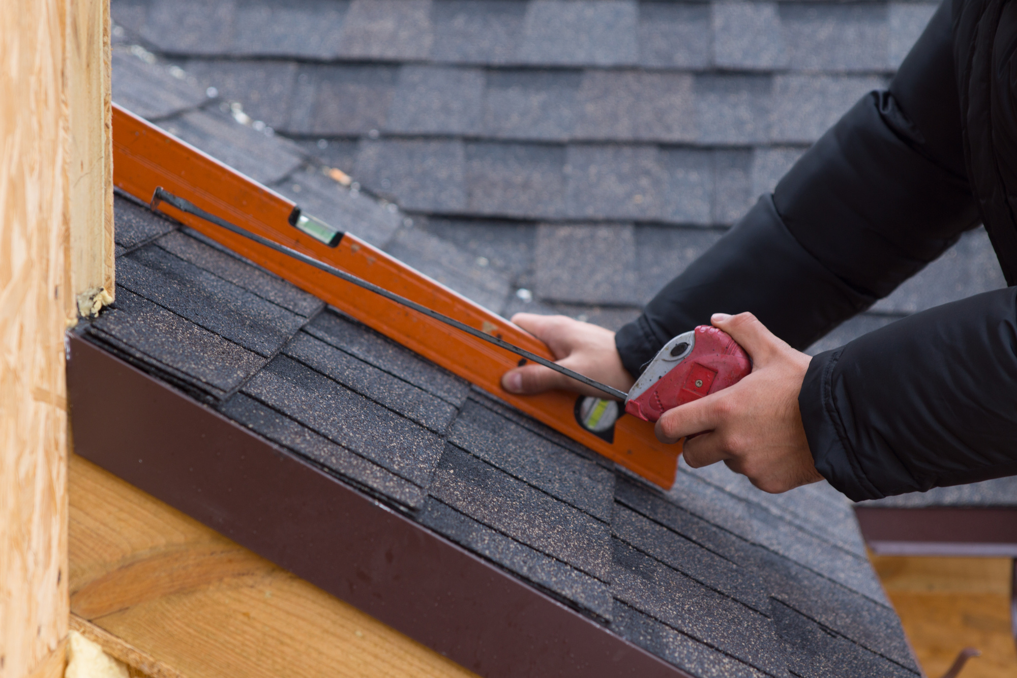 9 Ways a New Roof Improves Your Home